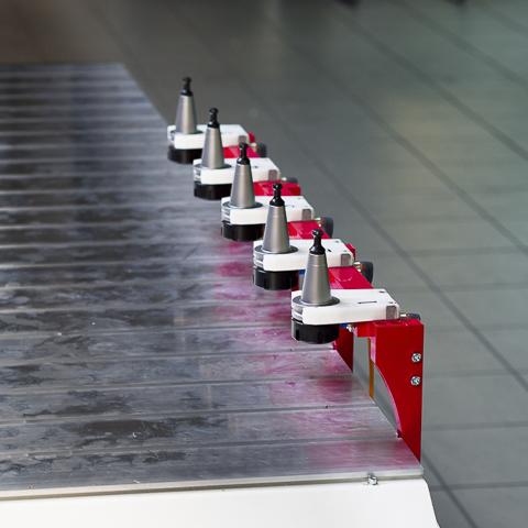 Bank narzędzi do automatycznej zmiany frezu